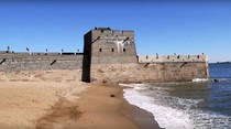 Lihat Nih, Saat Tembok China Bertemu Laut