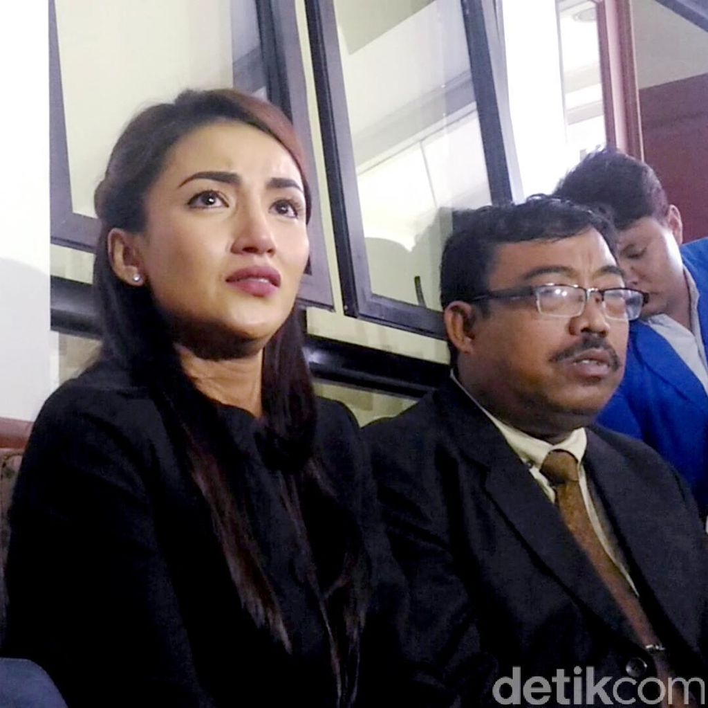 Tsania Marwa Lapor KPAI untuk Bertemu Anak-anaknya