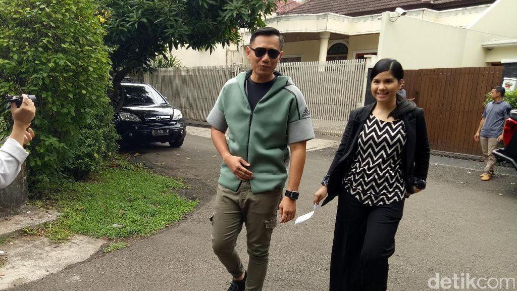 Berkacamata Hitam, Agus Yudhoyono Nyoblos Bareng Annisa Pohan
