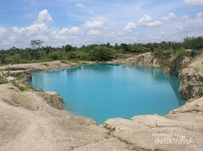 Pasti Tidak Percaya, Tangerang Punya Danau Biru Seperti Ini