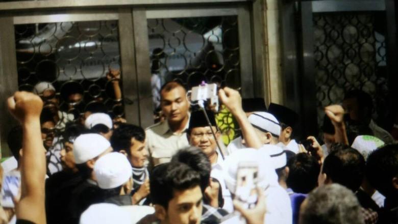 Ucapan Terima Kasih Prabowo kepada Habib Rizieq dan Ulama