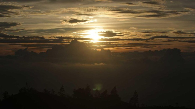 Foto: Sunrise di Gunung Prau (Randy/detikTravel)