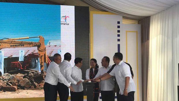 Groundbreaking proyek komersial di Labuan Bajo