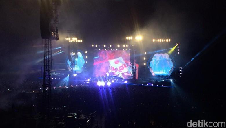 Coldplay Kenalkan Lagu Terbaru di Tokyo