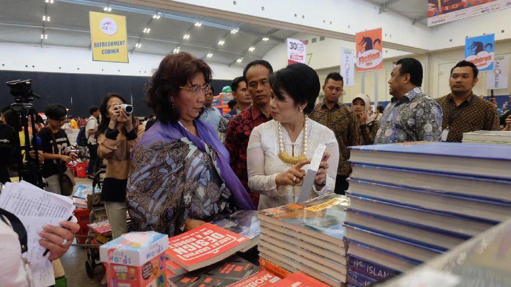 Hadiri Big Bad Wolf Jakarta 2017, Menteri Susi: Obat Tidur Saya Baca Buku
