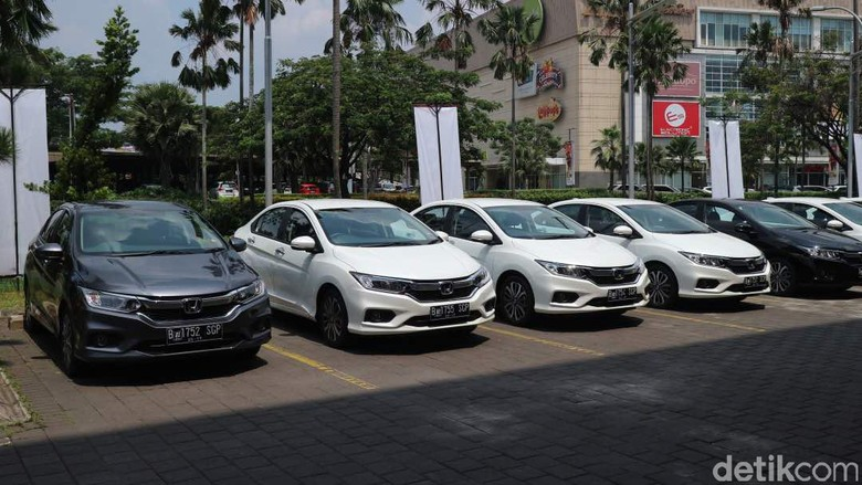 Berkeliling Tangerang dengan Honda City Terbaru