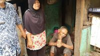 Pemkot Bandung Ajak Abah Tarsa Tinggalkan Gubuk Derita