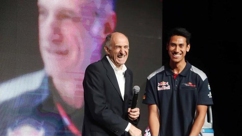 Bagaimana Sean Bisa Direkrut Jadi Test Driver Toro Rosso?