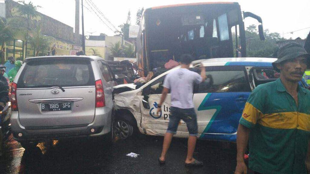 Polisi: Buku KIR Bus Maut Puncak Terindikasi Palsu