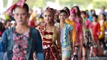 Pertama Kali di Indonesia, Banyuwangi Gelar Festival Kebaya di Bandara