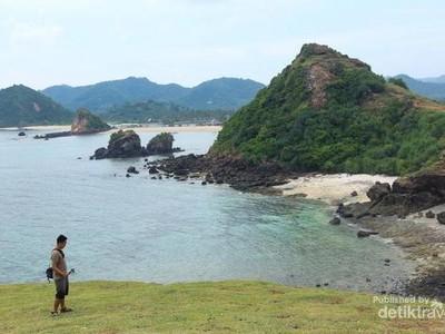 Tempat yang Tepat Habiskan Jatah Liburan: Pantai Seger di Lombok