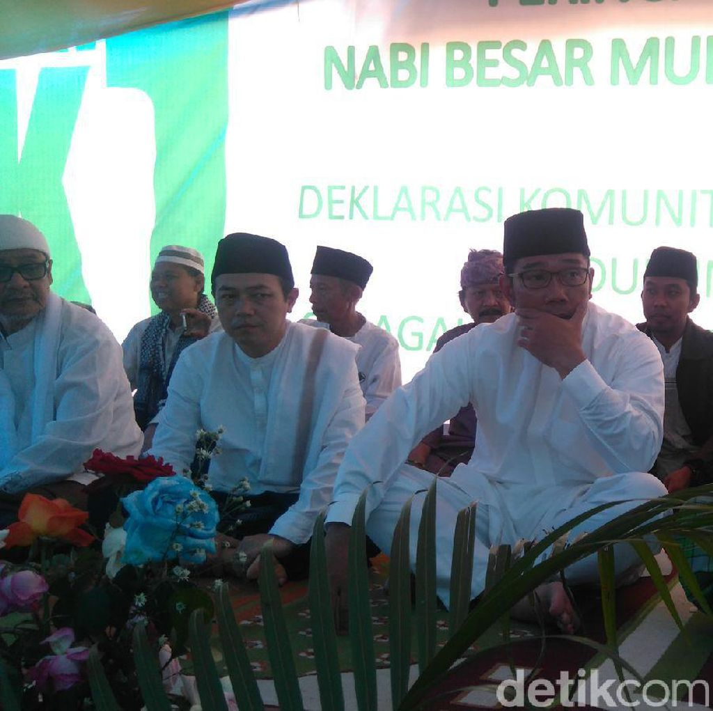Komunitas Pesantren Dukung Ridwan Kamil Maju Lewat Jalur Independen