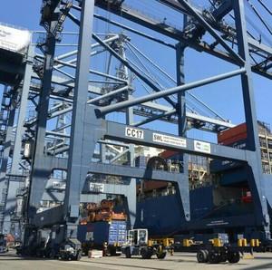 Kapal Raksasa dan Era Baru Arus Logistik RI