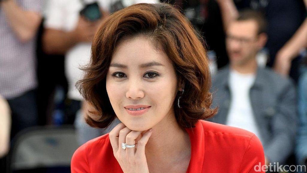 Aktris Korea Mengaku Dibayar Rp 1,1 Miliar Pasca Melahirkan Anak Lelaki