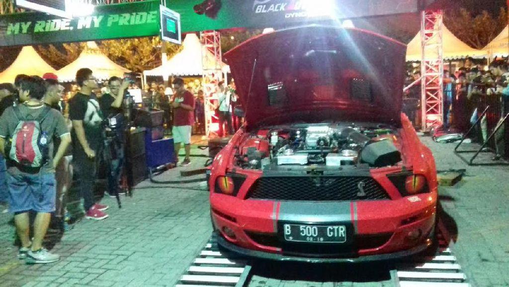 Mustang GT500 Pecahkan Rekor Dyno Tes di Black Auto Battle