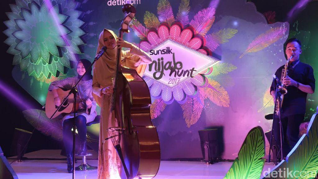 Nyanyi Pakai Contrabass, Hijabers Ini Pukau Juri Sunsilk Hijab Hunt Bandung