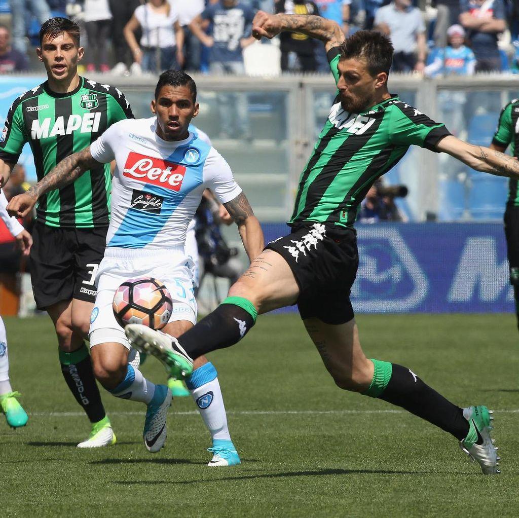 Napoli Diimbangi Sassuolo 2-2