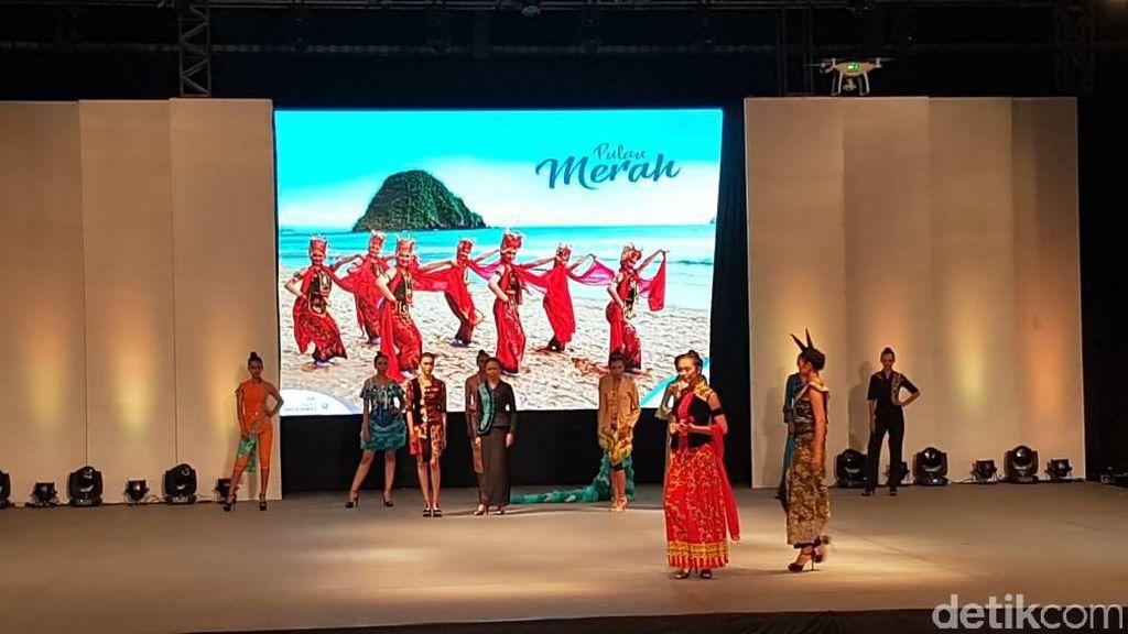 Kebaya Klasik Hingga Sporty Dipamerkan di Festival Kebaya Banyuwangi