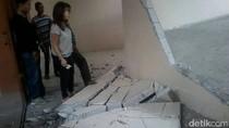 Baru 3 Hari Diresmikan Presiden, Tembok Pasar Klewer Solo Ambrol