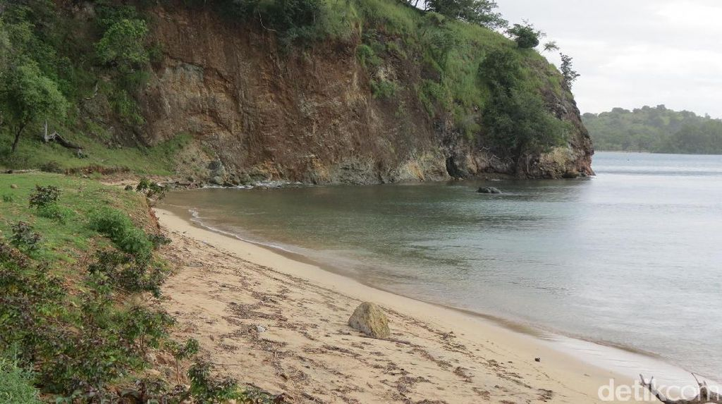 Hidden Destination Atambua: Pantai Teluk Gurita