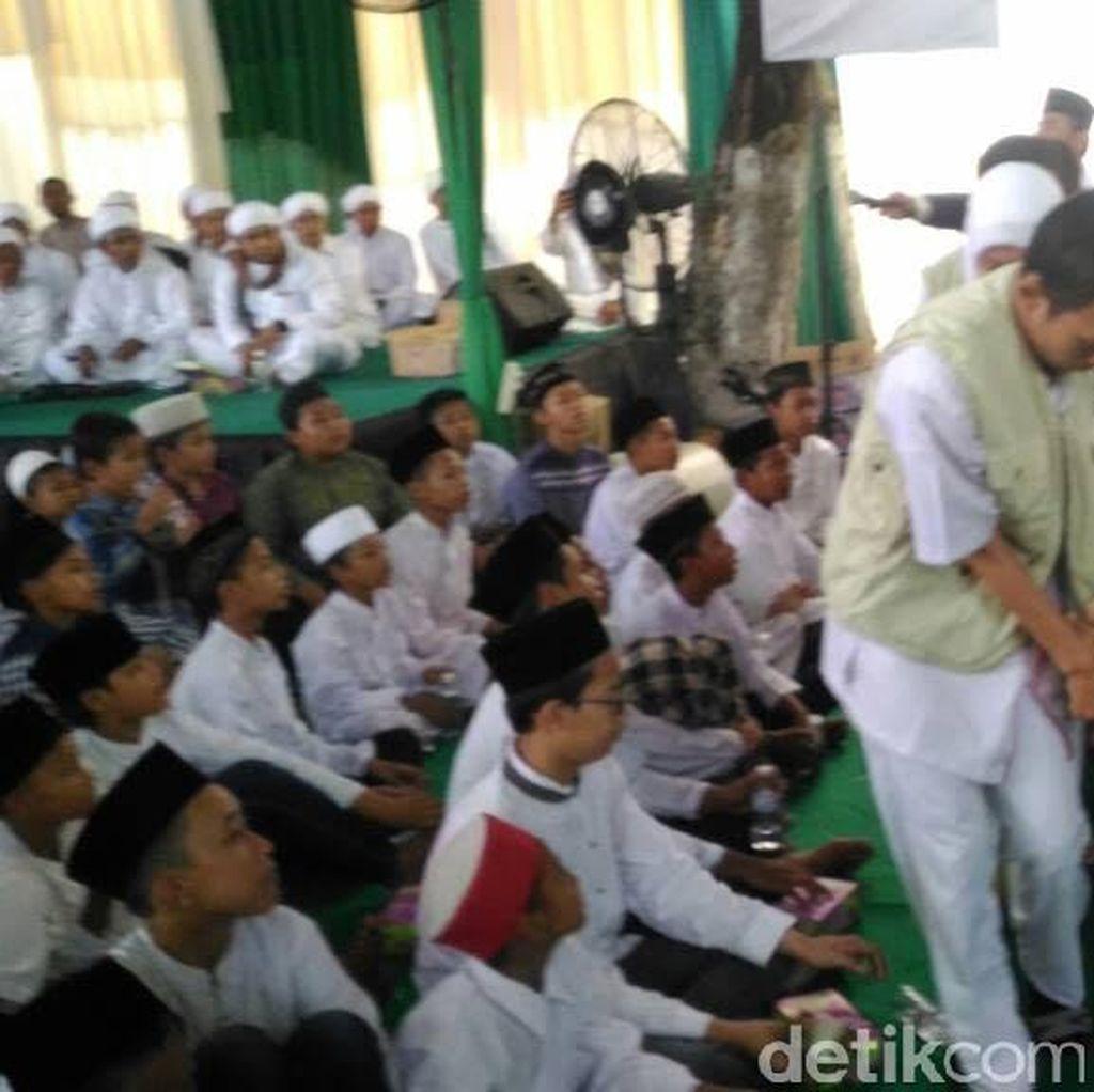 Seorang Qari Meninggal Saat Bacakan Al Quran di Rumah Mensos