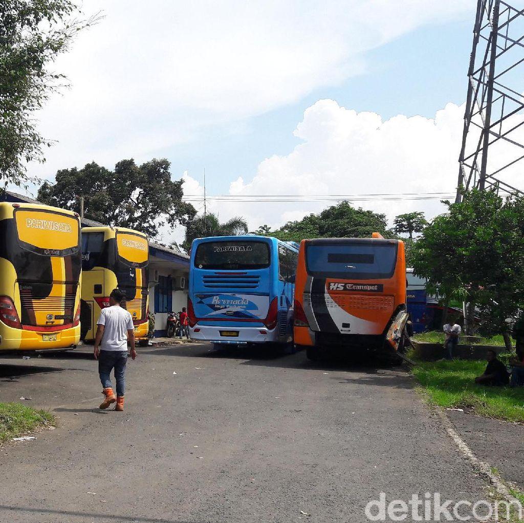 8 Bus Tak Laik Jalan Terjaring Razia di Tol Jagorawi