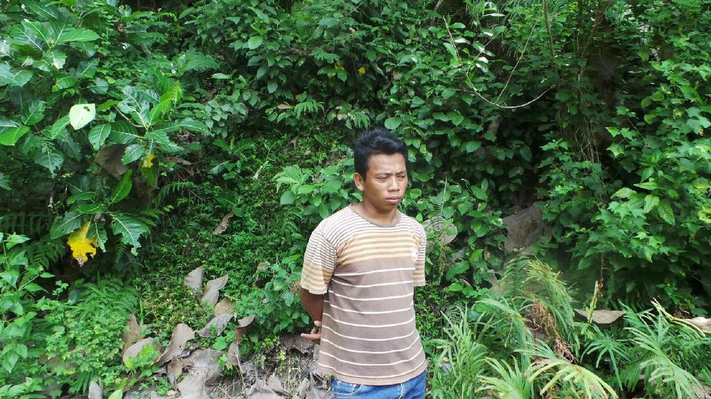 Menyusuri Sungai & Sawah Demi Menemukan Fosil Sangiran 17