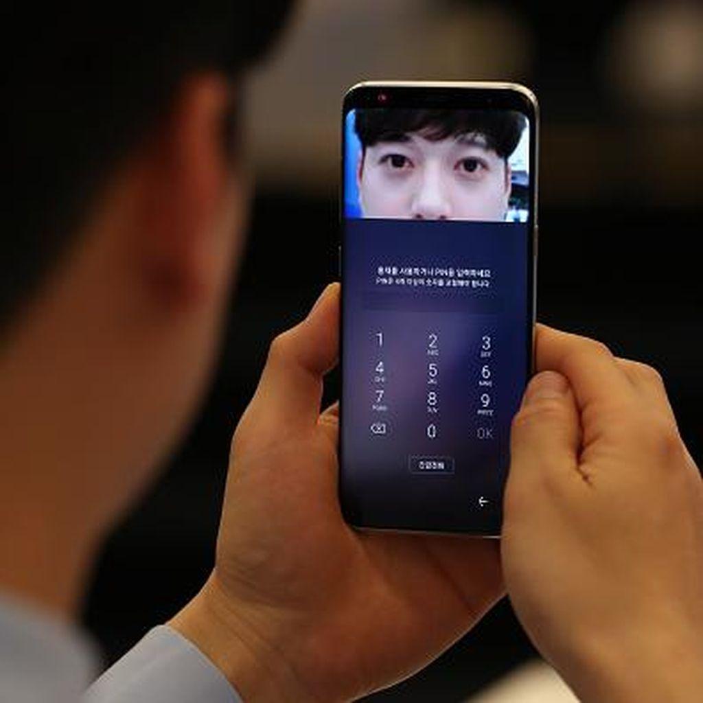 Duh! Pemindai Iris Galaxy S8 Bisa Dibobol