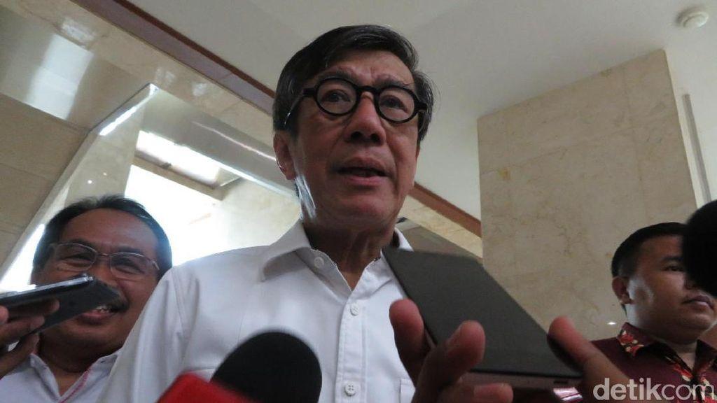 Jokowi Beri Sinyal Reshuffle, Menkum HAM: Semua Menteri Harus Siap