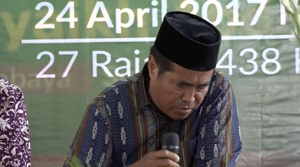 Video: Ustaz Wafat Saat Baca Quran di Depan Mensos