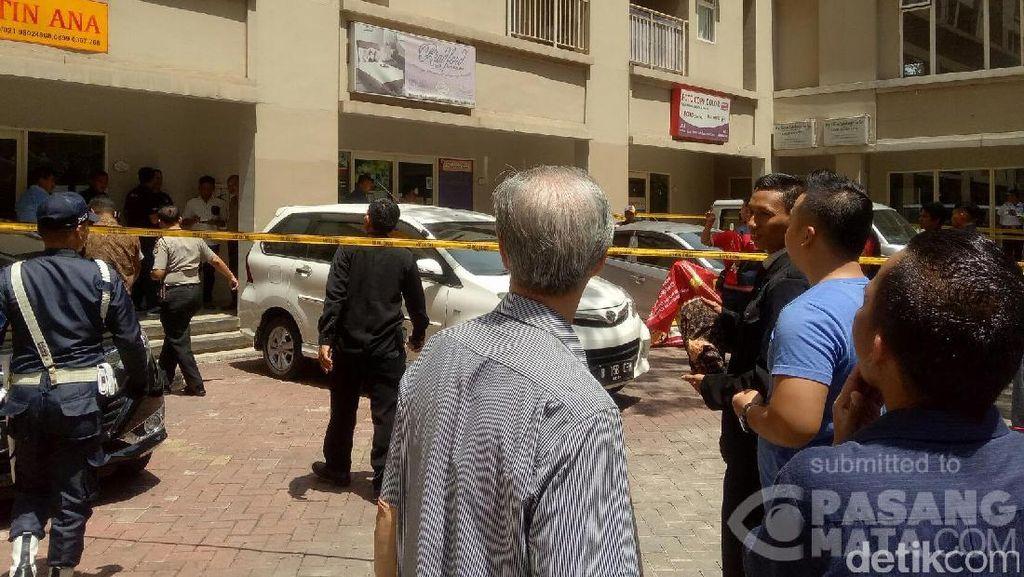 Pria yang Jatuh dari Apartemen Mediterania Diduga Bunuh Diri