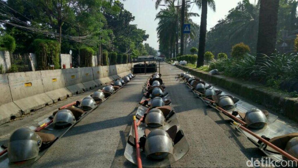 Ahok Bacakan Pleidoi, TNI Juga Tambah Personel untuk Pengamanan