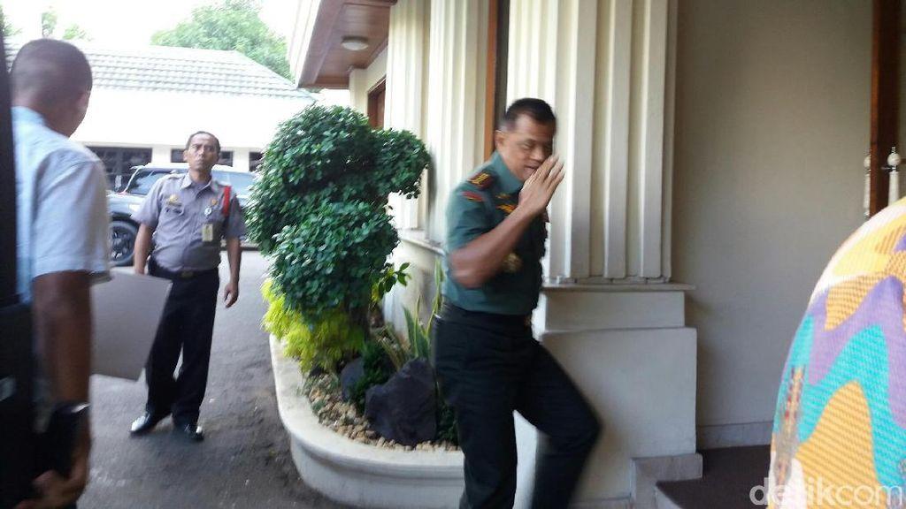 Panglima TNI hingga Wakapolri Hadiri Rakor Tertutup Menkopolhukam