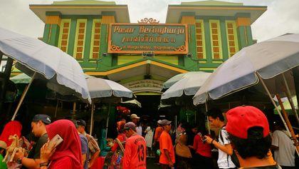 Hiruk-pikuk Pasar Beringharjo