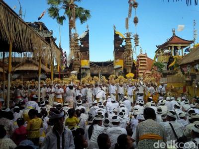 Inilah Upacara Penyucian 30 Tahun Sekali di Bali