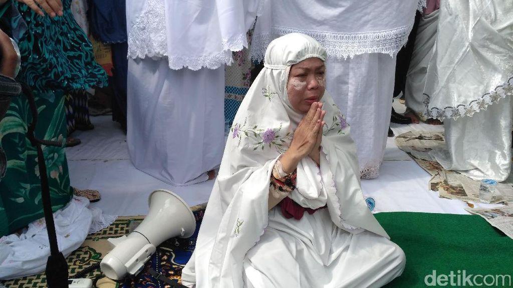 PT KAI Beri Ultimatum, Warga Manggarai Berdoa Agar Tak Digusur