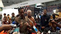 Keliling Pameran Inacraft, Jokowi Beli Apa Saja?