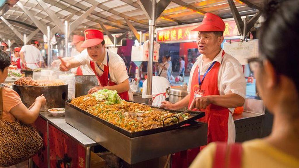 Ini 10 Fakta Dibalik Mitos Makanan yang Ramai Beredar di China (1)