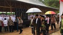Saat Deddy dan Dedi Sehari Mendampingi Jokowi