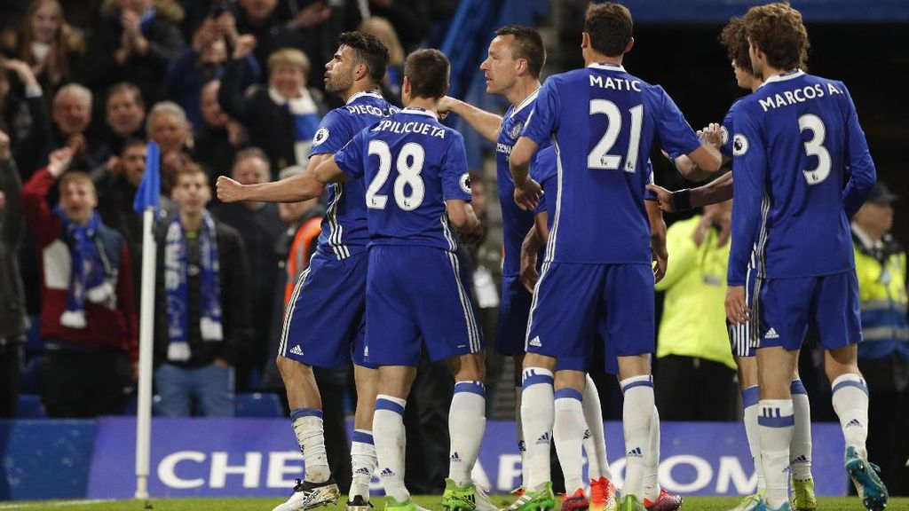 Akankah Chelsea Bakal Bernasib seperti MU 2011/2012?