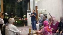 Eratkan Silaturahmi, Anies dan Sandiaga Gelar Pertemuan Keluarga