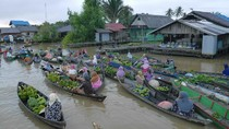 Pasar Terapung Banjarmasin yang Kian Digandrungi Turis