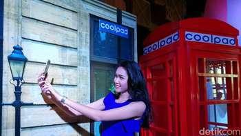 Coolpad Kamera Ganda Melenggang di Indonesia