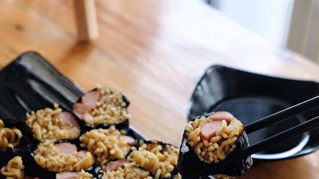 Diberi Topping Keju Mozzarella hingga Bentuk Sushi Agar Tampil Instagrammable