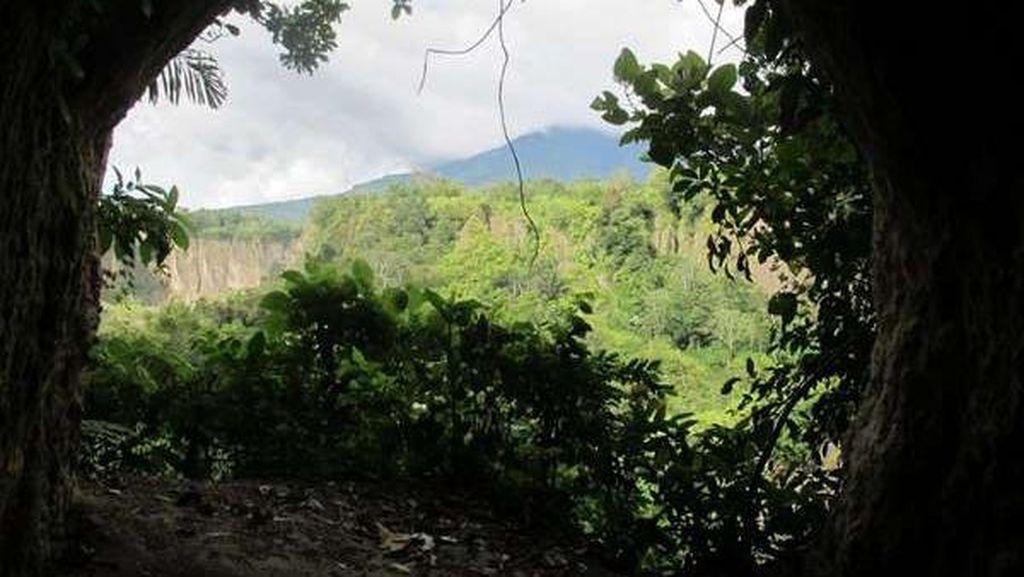 Destinasi Berselimut Misteri di Lobang Jepang Bukittinggi