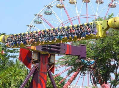 Mumpung Long Weekend, Jajal Wahana Ekstrem 5 Taman Rekreasi