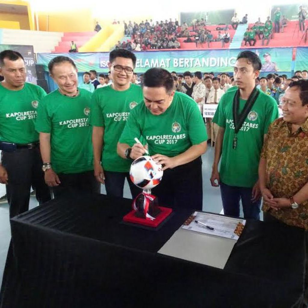 Berawal dari Ngopi, Kapolrestabes Surabaya Cup 2017 Tergelar