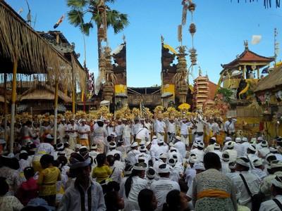 Potret Upacara Suci di Bali yang Digelar 30 Tahun Sekali