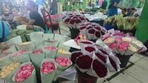 Mengenal Pasar Rawa Belong, Asal Muasal Karangan Bunga Untuk Ahok