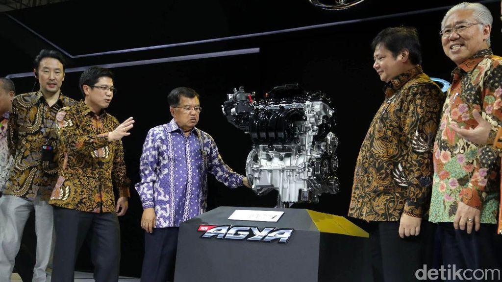 Toyota Pamer Teknologi ke Wapres Jusuf Kalla